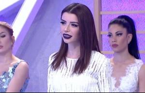 131. bölüm Aleyna Eroğlu podyumda