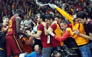 Galatasaray Fransızları şaşkına çevirdi
