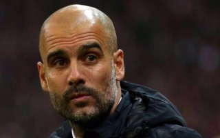 Almanya'da Guardiola'ya sert eleştiriler!