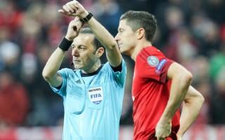 Bayern Münih'ten Cüneyt Çakır'a tepki