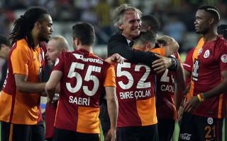 Yıldız futbolcu kupa zaferi sonrası Galatasaray'a veda etti!