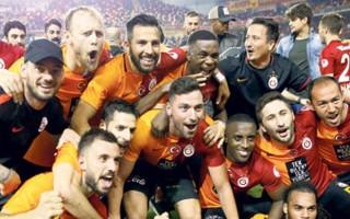 Beşiktaş'ın rakibi Galatasaray oldu!