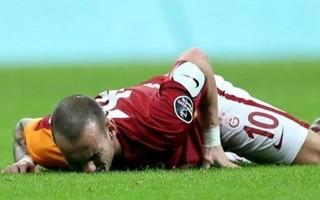 Sneijder'den şok haber! Sakatlığı ciddi...