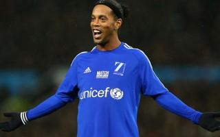 Ve Ronaldinho imzayı attı! Sosyal medyadan duyurdular...