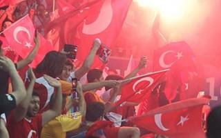 Fransa'da Türk taraftarlara dava açıldı