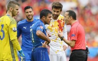 UEFA'dan Cüneyt Çakır'a kötü haber!