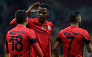 Galatasaraylı futbolcudan yönetime tehdit!