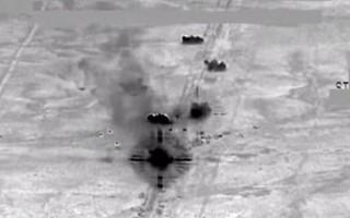 IŞİD'e ait yüzlerce araçlık konvoy imha edildi