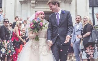 Attığı tweetlere aşık olup evlendi!
