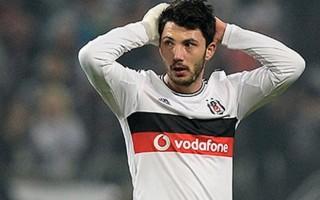 Beşiktaş'ta şok! Yıldız futbolcu hastaneye kaldırıldı