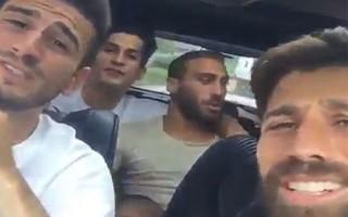Beşiktaşlı futbolculardan muhteşem şarkı!