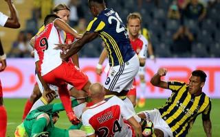 Monaco maçında hakem skandalı