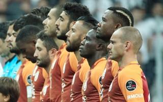 Galatasaray'da kadro değişiyor! Yıldız futbolcu kulübeye...