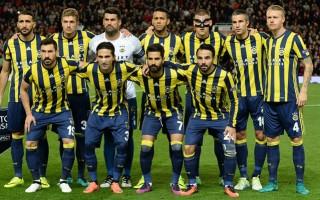 Fenerbahçe'de iki yıldız taraftarları şoke etti!