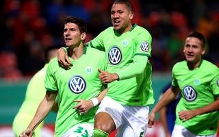 Mario Gomez attı, Wolfsburg turladı!
