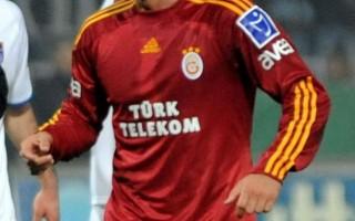 Galatasaray'ın eski oyuncusu sahayı karıştırdı