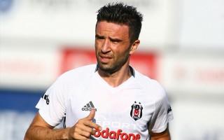 Fenerbahçeli futbolcudan Gökhan Gönül'e telefon!