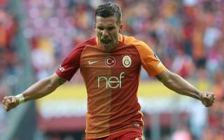 Galatasaray'dan Podolski'ye rest!