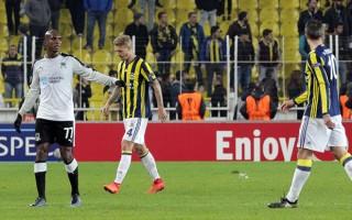 Fenerbahçe yönetimi, Advocaat'ı gönderecek