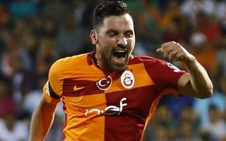 Galatasaray'ın yıldızına sürpriz teklif!