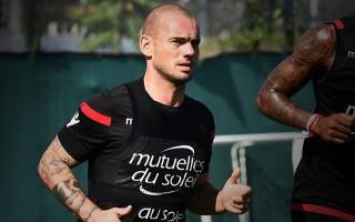Sneijder her geçen hafta kayboluyor!