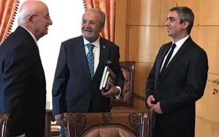 'Polat Alemdar'dan Meclis ziyareti