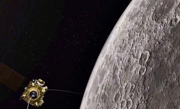Hindistan Ay'a göndereceği aracı tanıttı