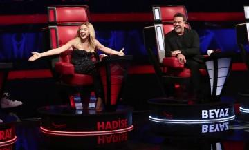 Jüriler, yarışmacının kendisini seçmesi için yarıştı
