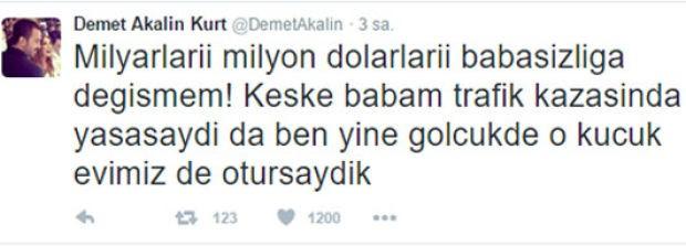 Ünlü şarkıcı Demet Akalın Milyarları, milyon dolarları babasızlığa değişmem dedi