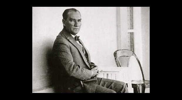 Ulu Önder Atatürk'ün Sevdiği Şarkılar