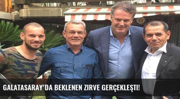 Galatasaray'da beklenen zirve gerçekleşti!
