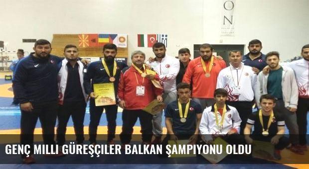 Genç milli güreşçiler Balkan şampiyonu oldu