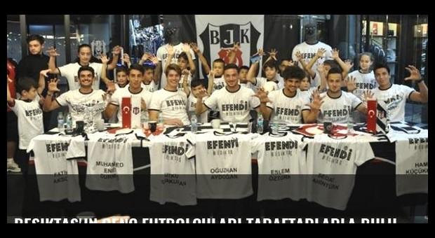 Beşiktaş'ın genç futbolcuları taraftarlarla buluştu
