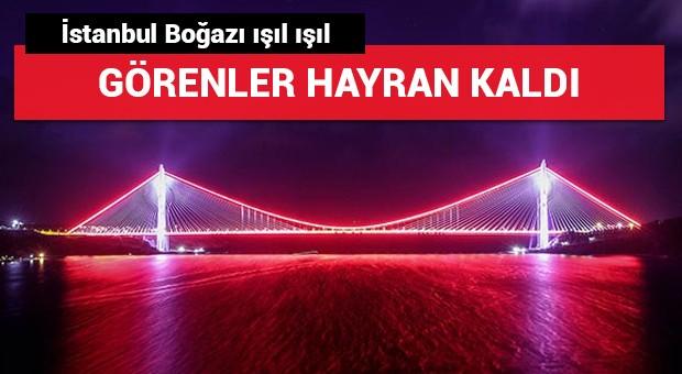 İstanbul Boğazı ışıl ışıl! Görenler hayran kaldı