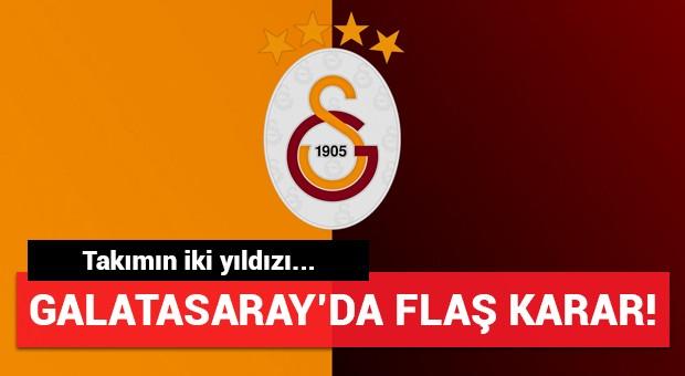 Galatasaray'da flaş karar! İki yıldız...