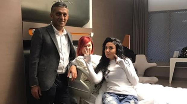 Sanatçı Emel Müftüoğlu'nun, fazla kilolarından kurtulmak için mide küçültme operasyonu geçirdi