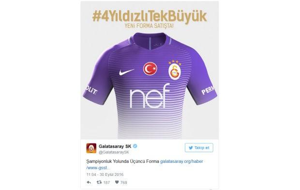 Galatasaray 3. forma ile ilgili resmi açıklamayı sosyal medya hesabı üzerinden yaptı. Sezon başında iç ve dış saha olmak üzere 2 formasını açıklayan Galatasaray'dan 3. forma açıklaması da geldi.