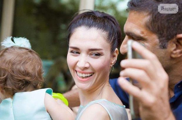nefise karatay'dan kızıyla ilk poz