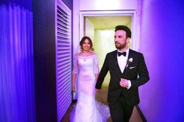 Tarkan ve Pınar Dilek çifti arasında neler oluyor? Ünlü çiftin Ortaköy'de gittikleri bir mekanda herkesin gözü önünde kavga ettikleri iddia edildi