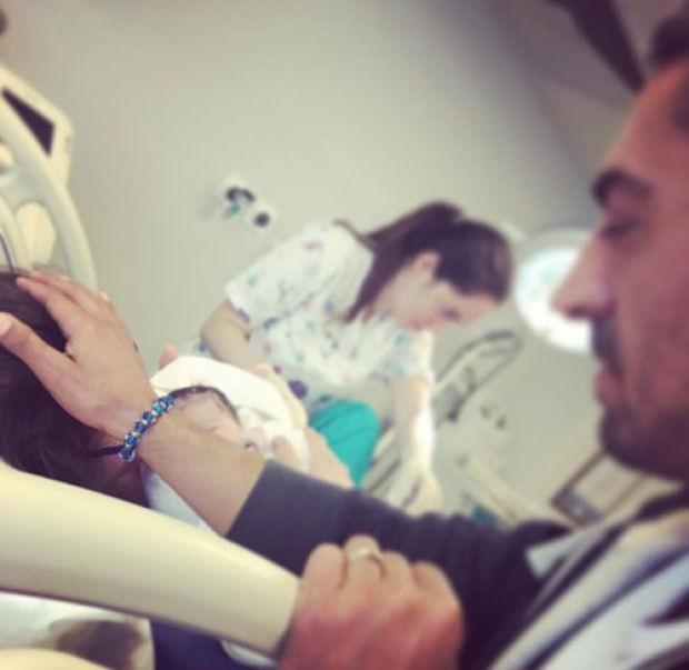 Oyuncu Bülent Polat'ın geçen yıl evlendiği Duygu Şenoğlu, önceki gün Yeşilköy Acıbadem Hastanesi'nde bir kız çocuk dünyaya getirdi