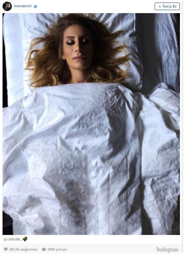 Şarkıcı İrem Derici dün sosyal medyada sıradışı bir paylaşım yaptı.  Üzeri beyaz çarşafla örtülü şekilde morgdaymış gibi poz veren şarkıcı altına da not olarak 'İyi bilirdik' yazdı. Takipçileri yorum yağmuruna tuttu.