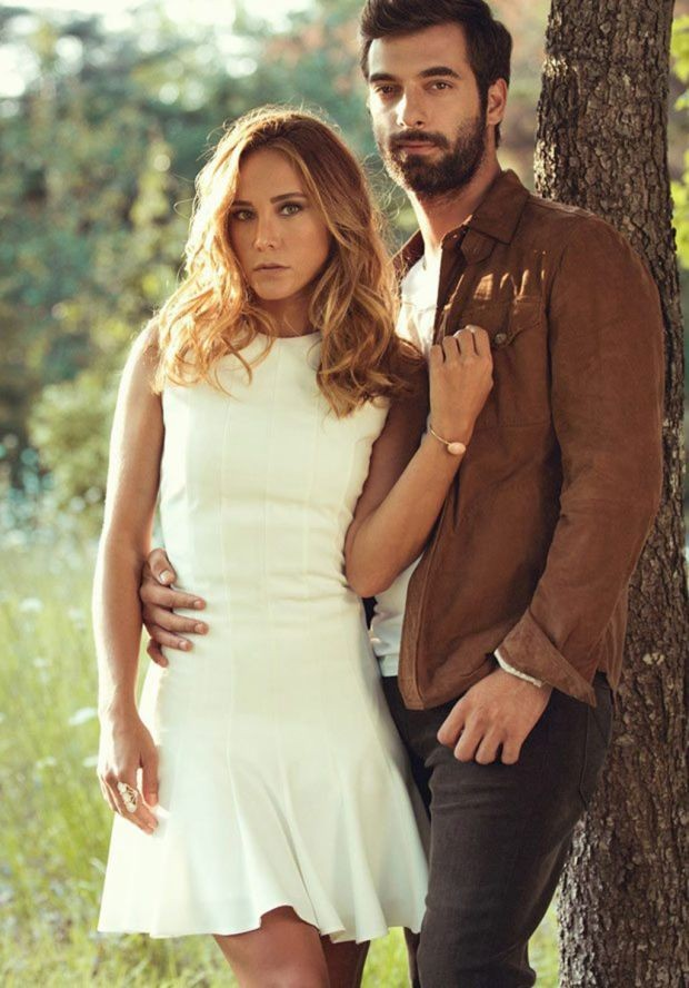 """""""Poyraz Karayel"""" isimli dizinin setinde başlayan İlker Kaleli ve Burçin Terzioğlu aşkında kriz çıktığı iddia edilmişti. İlker Kaleli iddiaları sosyal medya hesabından yalanladı"""