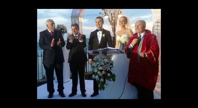 Edip Akbayram Kızını Evlendirdi