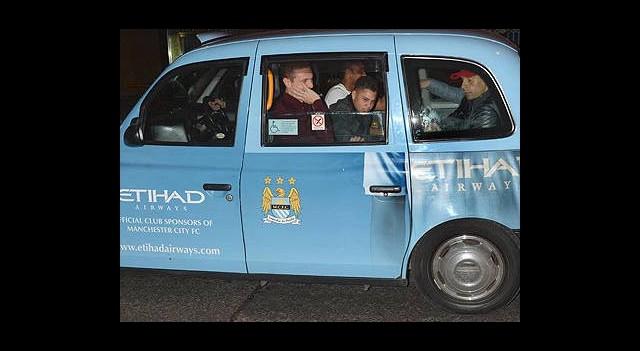 M.City Taksisinde Şampiyonluk Kutlaması!