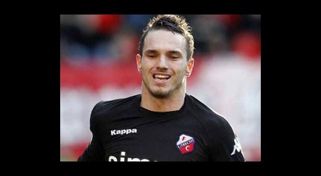 Wesley Sneijder'in Kardeşi Geliyor!