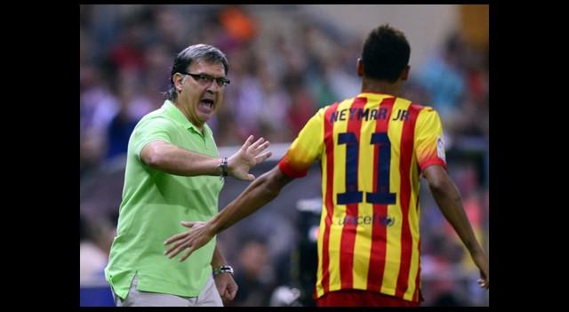 Neymar, Messi Gibi Oynuyor!