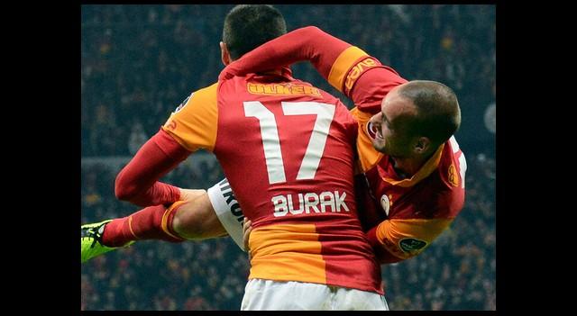 G.Saray'dan Burak ve Sneijder Açıklaması