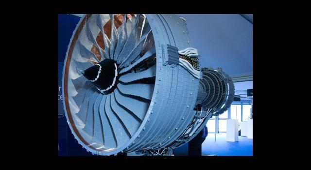 LEGO'dan Uçak Motoru Olur mu?