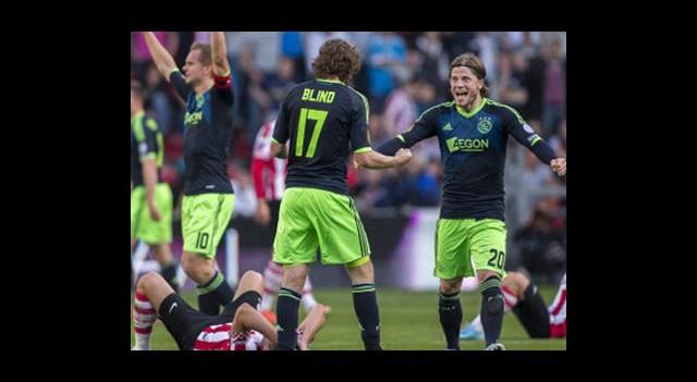 Ajax Şampiyonluğa Çok Yakın