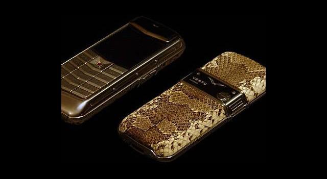 Nokia Vertu Markasından Kurtulmak İstiyor